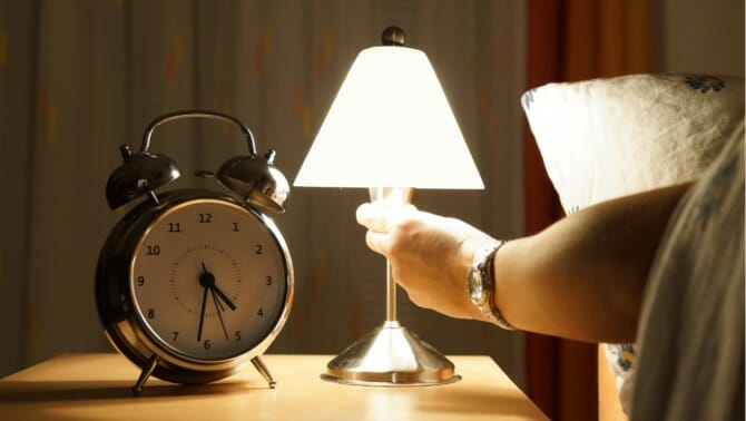 Gaining weight in your sleep? Try turning off the lights